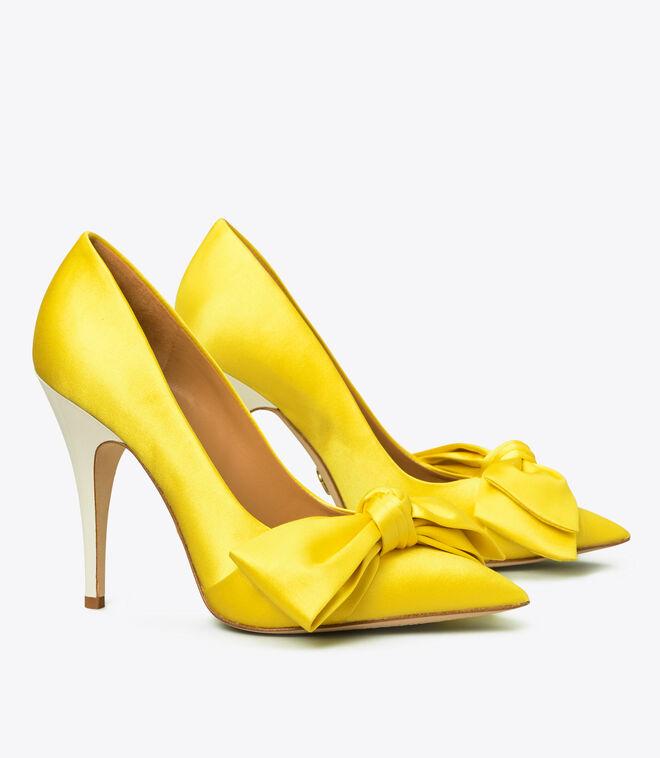 حذاء كعب ساتان بفيونكا